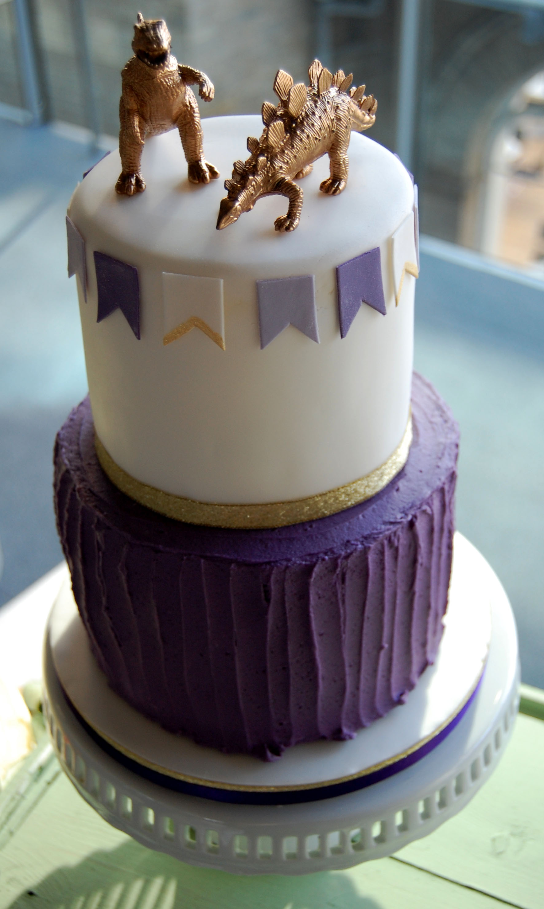 Wedding Cakes Purple And Green