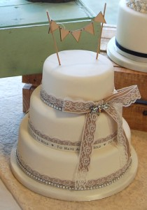 hessian ribbon for wedding cake hessian and lace green kitchen cakes 15211